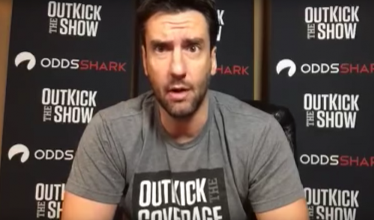 "Clay Travis Crowns Himself ""King"" of College Football Handicapping"